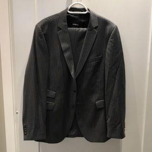 Men's Strellson 38R Suit
